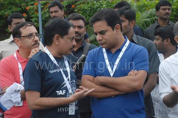 MD, HMR NVS Reddy with IT Minister K T Rama Rao at CEO Bike Ride at Hitec city, Hyderabad