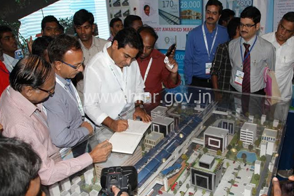 Minister for IT of Telangana in HMR Stall in Metropolis exhibition, dt:08.10.2014
