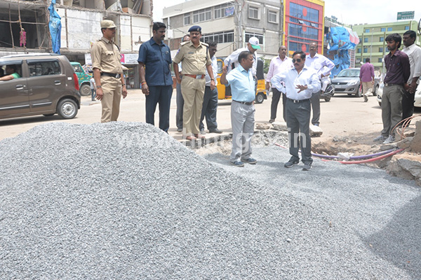 HMR MD inspecting the road restoration works of corridor – II