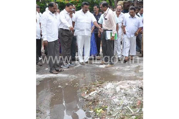 TS Minister and MD HMR participating in Swachh Hyderabad Phase II on 17.06.2015